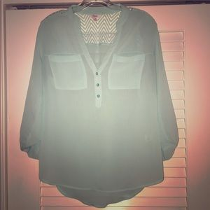 Opaque Business Casual Women's Shirt